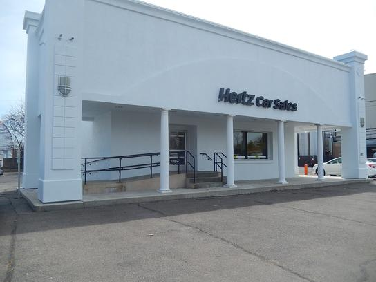 Hertz Car Sales Lynn 3