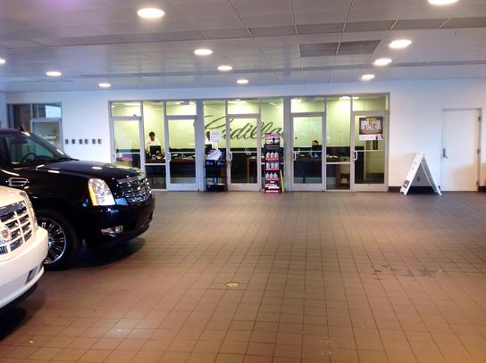 Crest Cadillac Car Dealership In NASHVILLE, TN 37228-1507
