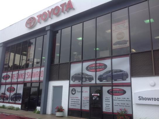 Charming New Rochelle Toyota