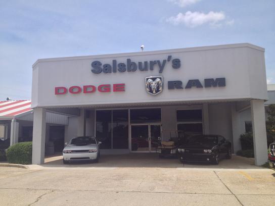 salsburys chrysler dodge jeep ram car dealership in baton rouge la 70815 kelley blue book. Black Bedroom Furniture Sets. Home Design Ideas