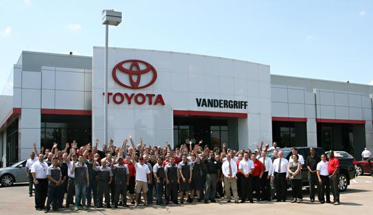 Toyota Arlington Tx >> Vandergriff Toyota Car Dealership In Arlington Tx 76017 Kelley