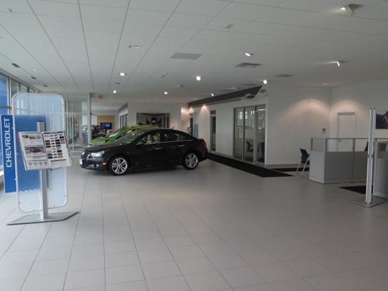Farnsworth Chevrolet car dealership in Canandaigua, NY 14424 ...