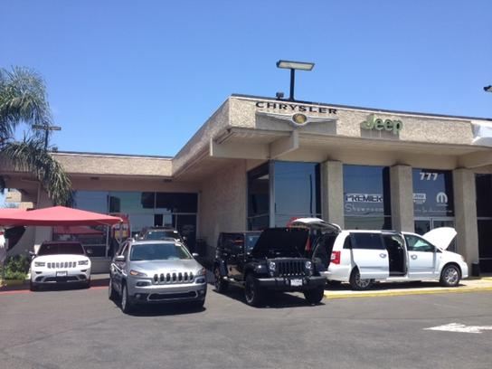 Premier Chrysler Dodge Jeep Ram of Buena Park 2