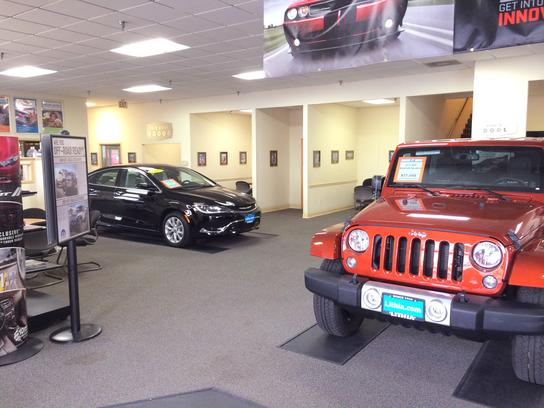 Lithia Chrysler Jeep Dodge of Eureka 2