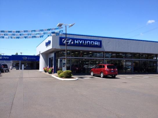 beaverton hyundai car dealership in beaverton or 97005 2623 kelley blue book. Black Bedroom Furniture Sets. Home Design Ideas