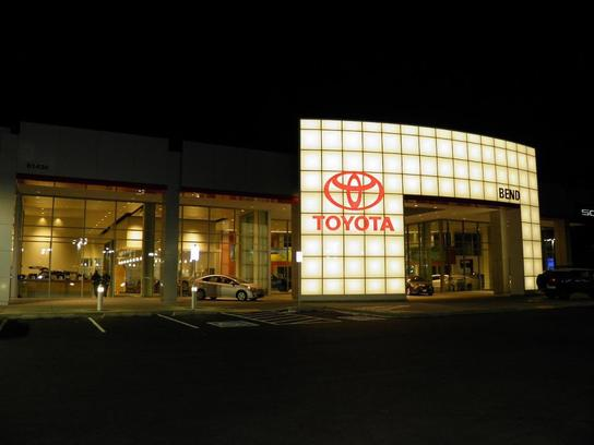 Kendall Toyota of Bend 2