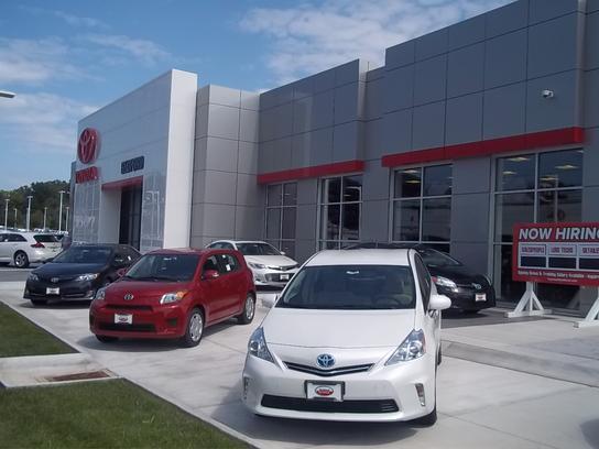 Toyota Of Bedford Car Dealership In Bedford Oh 44146 Kelley Blue Book