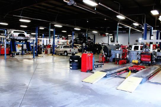 Sam Leman Morton Illinois >> Sam Leman Chrysler Dodge Jeep Ram Fiat Of Morton Car Dealership In