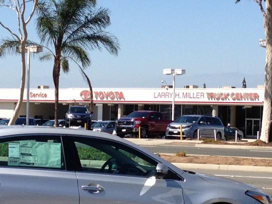 Larry H. Miller Toyota Corona Car Dealership In CORONA, CA 92882 2954 |  Kelley Blue Book