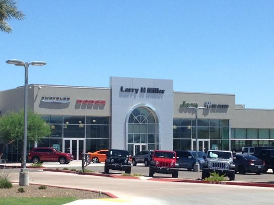 Larry Miller Jeep >> Larry H Miller Chrysler Jeep Dodge Ram Surprise Car Dealership In