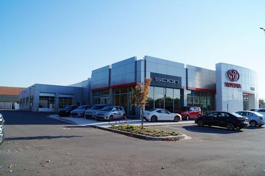 Heritage toyota owings mills car dealership in owings for Owings mills motor cars reviews