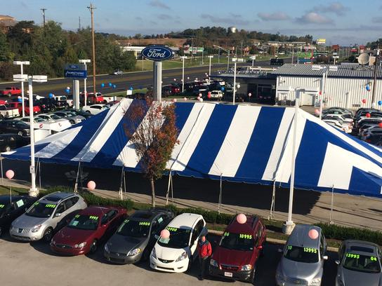 Car Lots In Somerset Ky >> Alton Blakley Ford Lincoln Car Dealership In Somerset Ky