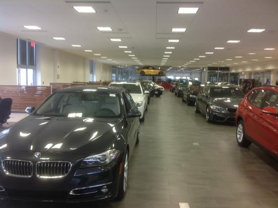 Bmw Of Westchester Car Dealership In White Plains Ny 10607 1315 Kelley Blue Book