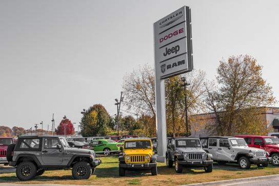 Crown Chrysler Jeep Dodge Ram Chattanooga 1