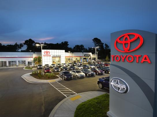Fred Anderson Toyota of Columbia