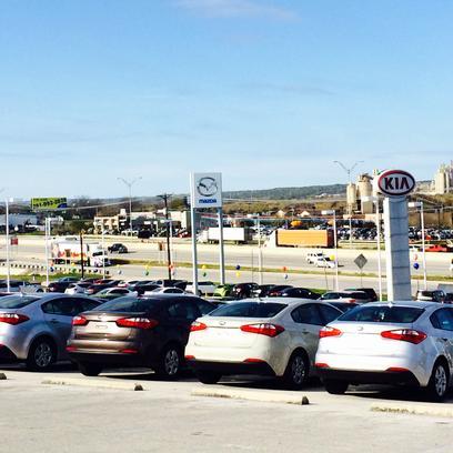 World Car Mazda Kia New Braunfels Car Dealership In New Braunfels, TX 78132    Kelley Blue Book