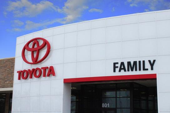 Family Toyota of Burleson car dealership in BURLESON, TX