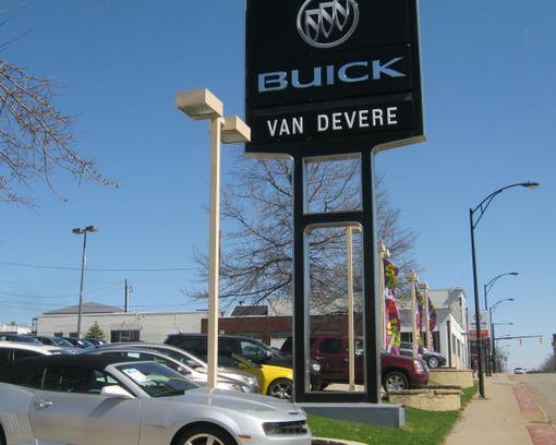 Vandevere Buick Kia Car Dealership In Akron Oh 44303