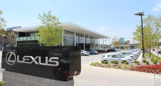 Lexus Of Omaha >> Lexus Of Omaha Car Dealership In Omaha Ne 68154 Kelley Blue Book