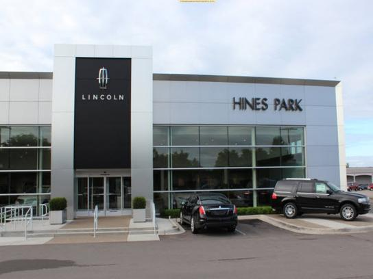 Hines Park Lincoln Car Dealership In Plymouth Mi 48170 Kelley