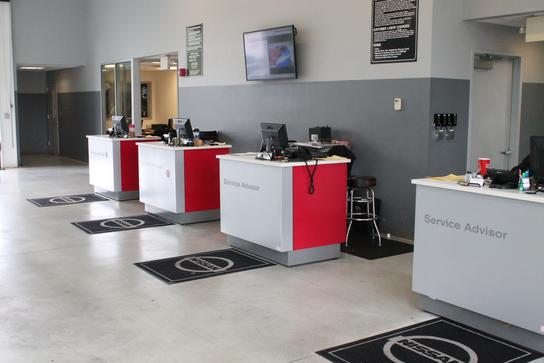 Younker Motors car dealership in Renton, WA 98057-4918 | Kelley Blue