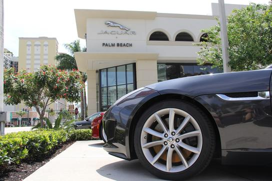 Jaguar Palm Beach 1