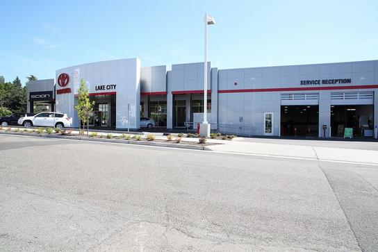 Lake City Toyota >> Toyota Lake City Car Dealership In Seattle Wa 98125 4430 Kelley
