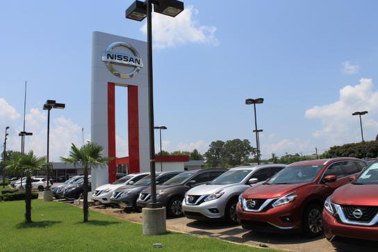 Car Dealerships In Texarkana >> Pete Mankins Nissan Car Dealership In Texarkana Tx 75503 3565