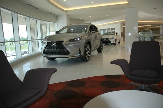 Lexus of Arlington 3