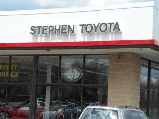 Stephens Auto Mall >> Stephen Automall Centre Cadillac Gmc Toyota Scion Car Dealership In