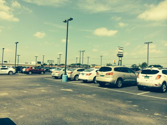 Marble Falls Chevy >> Chevy Buick Marble Falls Car Dealership In Marble Falls Tx