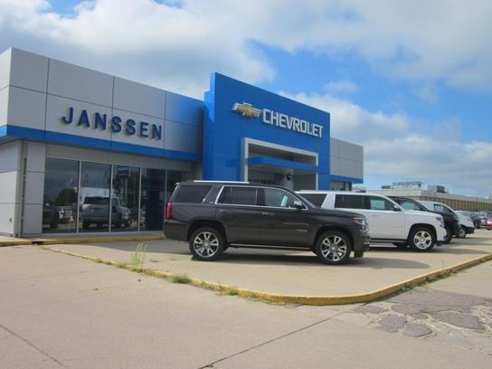 lee janssen motor car dealership in holdrege ne 68949