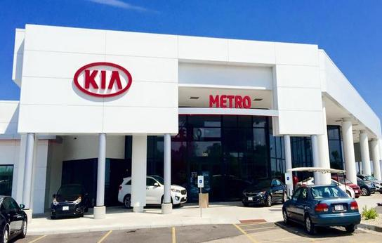 Madison Car Dealers >> Metro Kia Of Madison Car Dealership In Madison Wi 53718
