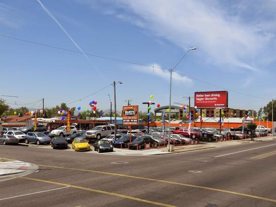 Bueno Used Cars, Inc. Car Dealership In Phoenix, AZ 85006