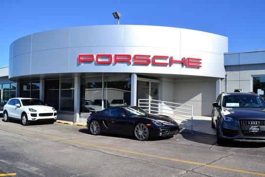 Used Cars Davenport Iowa >> Smart Luxury Motors Of Davenport Car Dealership In Davenport