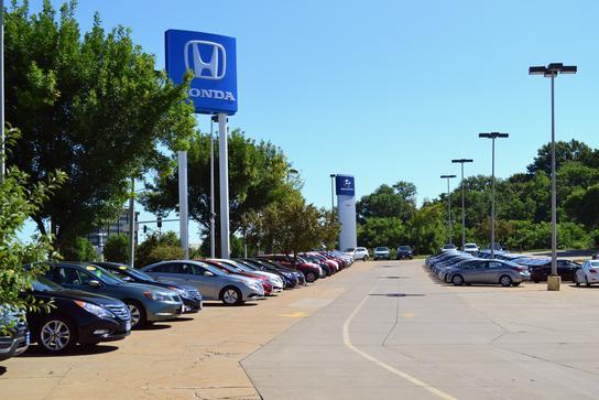 Lujack honda car dealership in davenport ia 52806 for Honda dealers in iowa