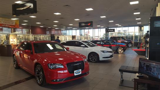Huffines Chrysler Jeep Dodge - Lewisville 2