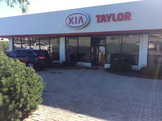 Car Dealerships In Lima Ohio >> Taylor Kia Of Lima Car Dealership In Lima Oh 45805 Kelley Blue Book