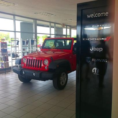 michiana chrysler dodge jeep ram car dealership in mishawaka in 46545 5606 kelley blue book michiana chrysler dodge jeep ram car