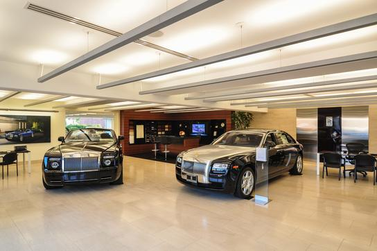 In-Car Technology Explained | Rancho Mirage, CA Rolls ... |Rolls Royce Dealerships California