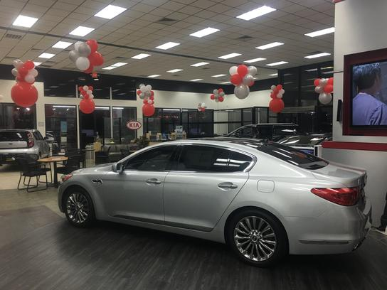 World Car Mazda Kia North Car Dealership In San Antonio Tx 78233