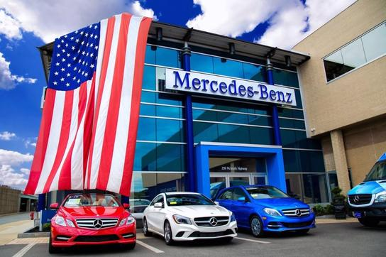 Mercedes benz of boston car dealership in somerville ma for Mercedes benz dealers in texas