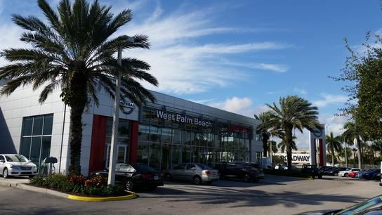 West Palm Beach Nissan 1