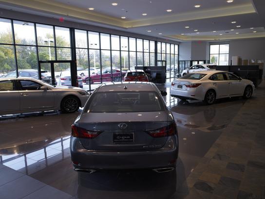Lexus Of Highland Park Car Dealership In Highland Park, IL 60035 | Kelley  Blue Book