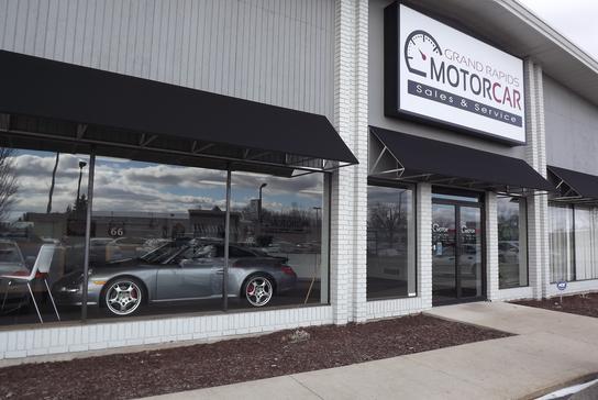 Grand Rapids Car Dealers >> Grand Rapids Motorcar Car Dealership In Grand Rapids Mi 49512 1720