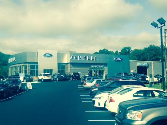 Jannell Ford of Hanover car dealership in Hanover MA 023391617