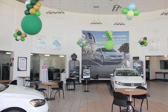Napleton's Volkswagen of Sanford car dealership in SANFORD, FL 32773-6122 | Kelley Blue Book