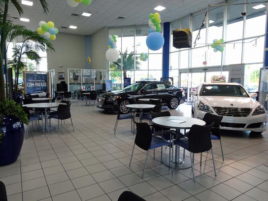 Universal Hyundai Nissan car dealership in Orlando, FL 32837 ...