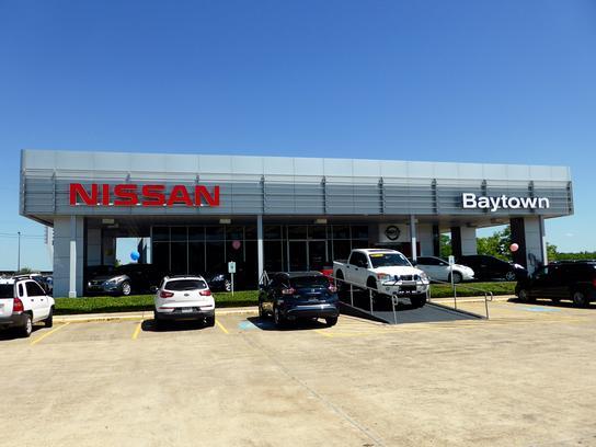 baytown nissan car dealership in baytown tx 77521 kelley blue book. Black Bedroom Furniture Sets. Home Design Ideas