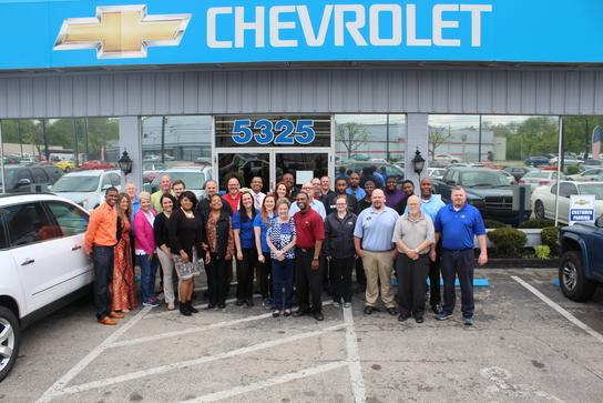 Montgomery Chevrolet Car Dealership In Louisville Ky 40213